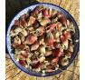 Nasušené pacibulky poschoďové cibule lze použít k výsadbě i k jídlu:-)
